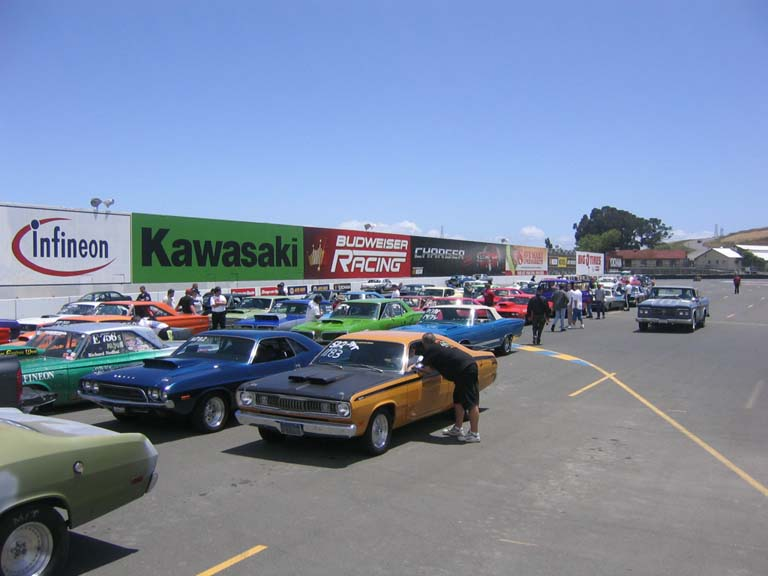 Mopars North of the Gate 2005